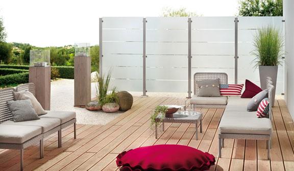sichtschutzelemente mein garten ratgeber. Black Bedroom Furniture Sets. Home Design Ideas